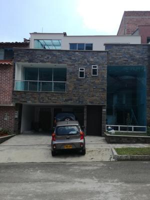 Vendo Casa Sabaneta #320537