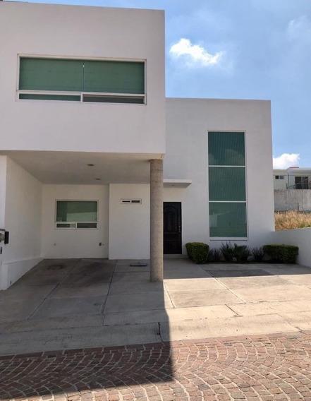Hermosa Casa En Cumbres De Lago Juriquilla (at)-