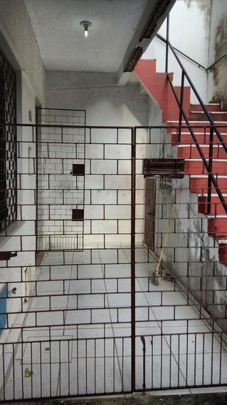 Casa Na Aldeota Com 2 Quartos - Rua João Cordeiro