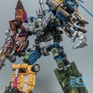 Transformers Jinbao Oversize Bruticus (warbotron)