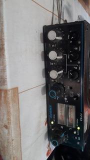 Consola Shure Fp33