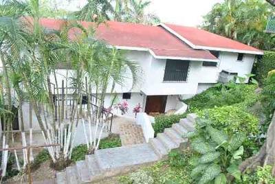 Residencia En Renta En La Col. Monte Alegre.