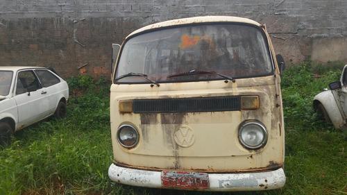 Imagem 1 de 6 de Volkswagen Vw Kombi Bus Van Antiga Partes Peças Sucata