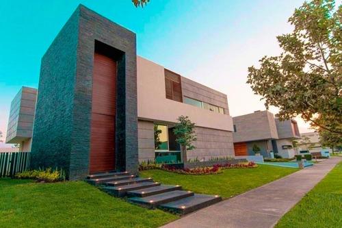 Imagen 1 de 14 de Casa Nueva De Lujo En Venta En Coto Cerca De Plaza Andares