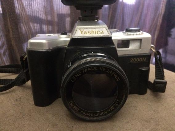 Câmera Antiga Yashica 2000n - No Estado