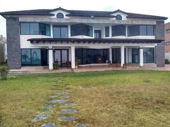 Lujosa Casa En El Hatillo