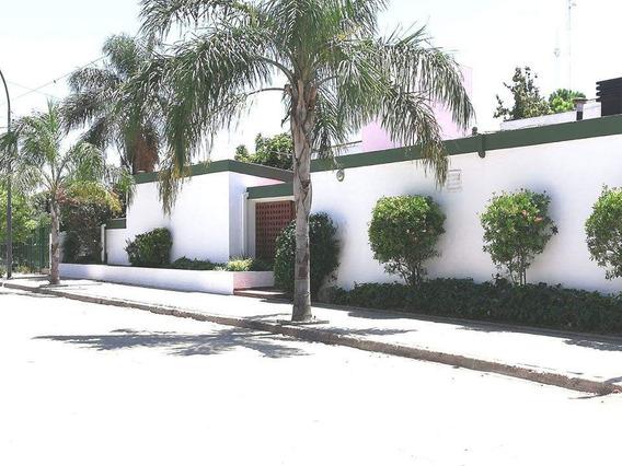 Alquiler Casa Apto Empresa / Oficina En Cerro De Las Rosas!!!! 4d, 3b, Todo Con Aires Acond!!!
