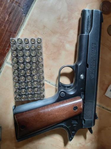Pistola De Fogueo Con 50 Tiros Con Detalle En El Percutor