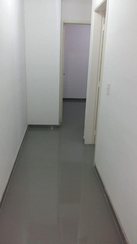 Imagem 1 de 6 de Apartamento Para Venda Por R$190.000,00 Com 2 Dormitórios, 1 Vaga E 1 Banheiro - Guaianases, São Paulo / Sp - Bdi35583