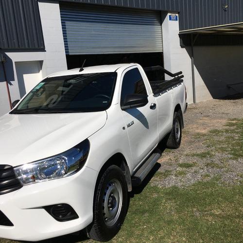 Toyota Hilux Cs Cabina Simple 4x2 + Trailer (opcional)