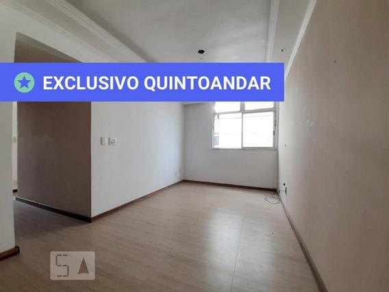 Apartamento No 1º Andar Com 3 Dormitórios E 1 Garagem - Id: 892972377 - 272377