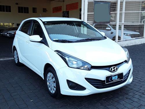 Imagem 1 de 9 de Hyundai Hb20 Comfort Plus 1.6 Branco 2015