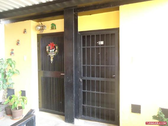 Apartamentos En Venta 04125078139