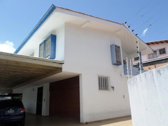 Casa En Venta Miguel Marcano # 19-13789 Clns De Lo Chaguaram