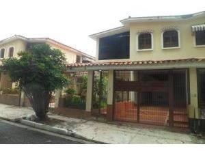 Casa En Venta En La Prebo I Valencia 20-1667 Valgo