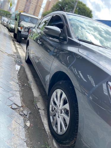 Nissan Sentra 20s 2020