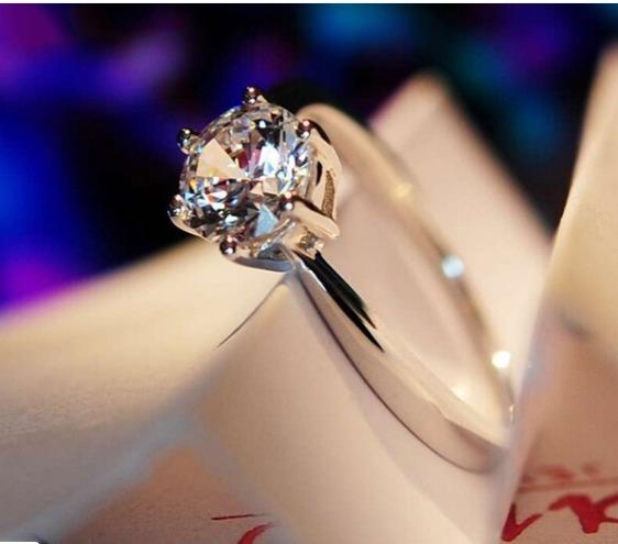 Anel Princesa Diamante Folheado A Ouro Branco 18k