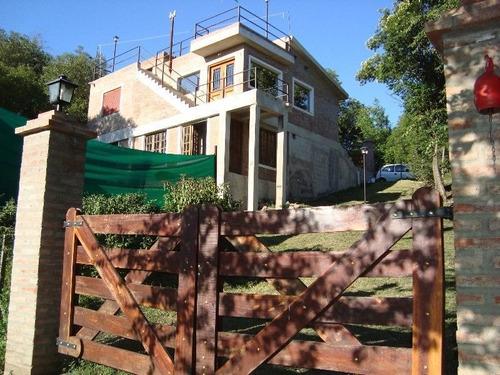 Hermosa Casa Con Pileta En Agua De Oro