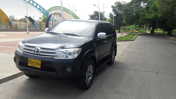 Toyota Fortuner 2011 4x4 2.7 Automática