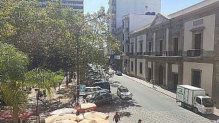 Peatonal Sarandi, Frente A Plaza Matriz