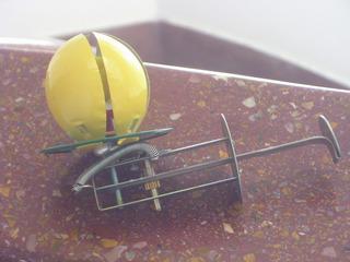 Antiguo Juguete De Chapa Huevo A Cuerda Amarillo Cºhy4 Video