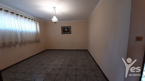 Imagem 1 de 30 de Ref.: 6363 - Casa Térrea Com 02 Dormitórios, 02 Vagas  No Centro De  Santo André - Sp - 6363