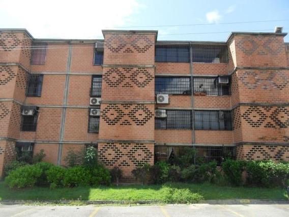 Apartamento En Venta 20-11010 Yubelys Martinez