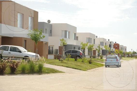 Casas De Santa María Villanueva En Venta Tigre Eidico