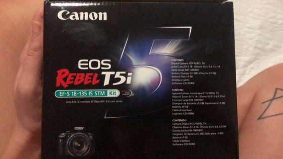 Máquina Fotográfica Canon Eos Rebel T5i Kit