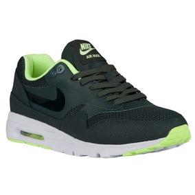 Tênis Nike Air Max 1 Ultra Essentials Feminino.