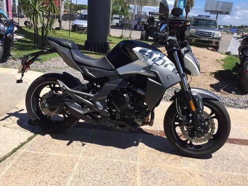 Moto Cfmoto Nk400