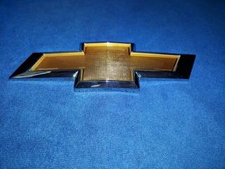 Insignia Chevrolet Dorado Cruze