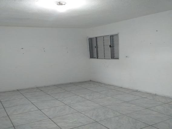 Casa Com 01 Dormitório No Jardim Veloso - 11411