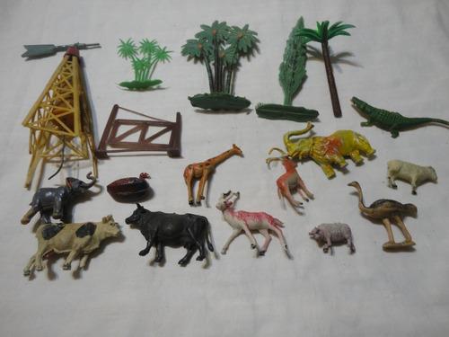 Lote Animales Antiguos Y Accesorios