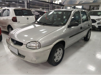 Chevrolet Corsa Hatch Wind 1.0 Prata 8v Gasolina 4p 2000