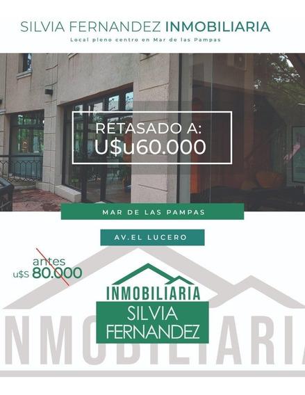 Local Pleno Centro Mar De Las Pampas Con Acceso Por Calles Del Lucero Y Miguel Cane