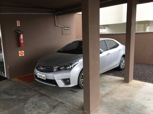 Imagem 1 de 7 de Corolla Toyota Gli 2016 Prata.
