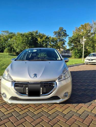 Peugeot 208 1.5 Allure Touchscreen 2013