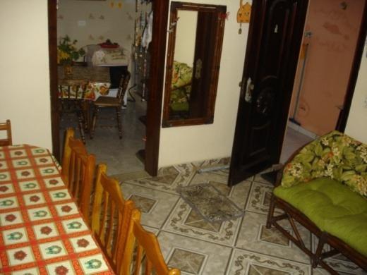Casa 2 Qtos, Suite, Coz, Wc, 2 Gars. Próx Praia R$ 215.mil