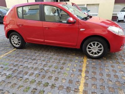 Renault Sandero Authentique Rojo 2018