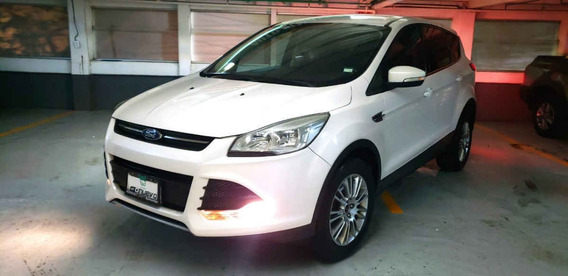 Ford Escape 5p S L4/2.5 Aut