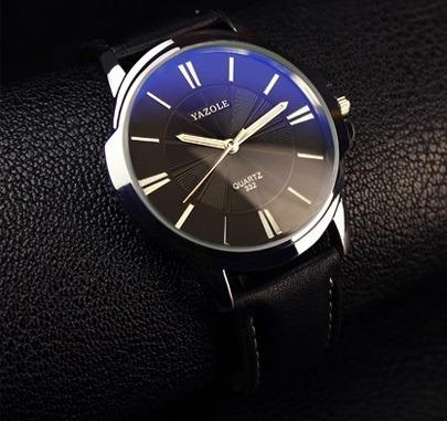 Relógio Masculino Com Pulseira De Couro 001