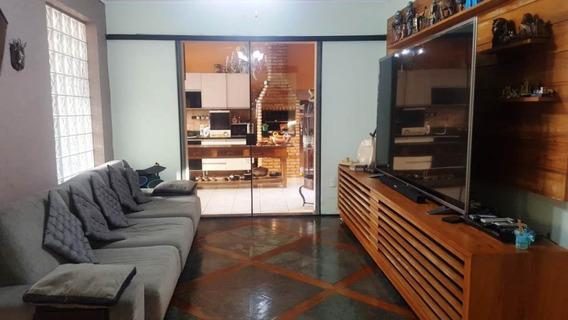 Casa De 4 Quartos Com Piscina No Bairro Castelo - 414