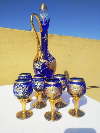 Set De Copas Y Botellon Antiguos De Cristal Azul Veneciano