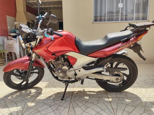 Imagem 1 de 5 de Yamanha Fazer 250cc
