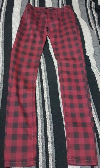 Pantalon A Cuadros Rojo Y Negro, Talle Xs, Semi Nuevo.