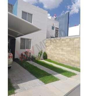Hermosa Casa De 2 Pisos En Venta Zona Norte En Paso De Argenta