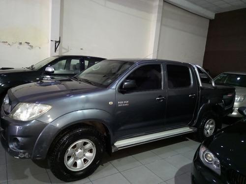 Toyota Hilux Sr 4x2 2010