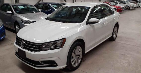 Volkswagen Passat 2018 4p Comfortline L5/2.5 Aut
