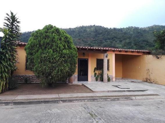 Casa En Venta El Polvero Pt 19-17995 Tlf.0241-825.57.06